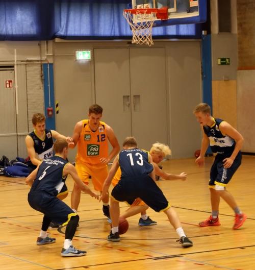 NBBL: Junior Löwen U19 behalten Nerven und siegen nach Verlängerung