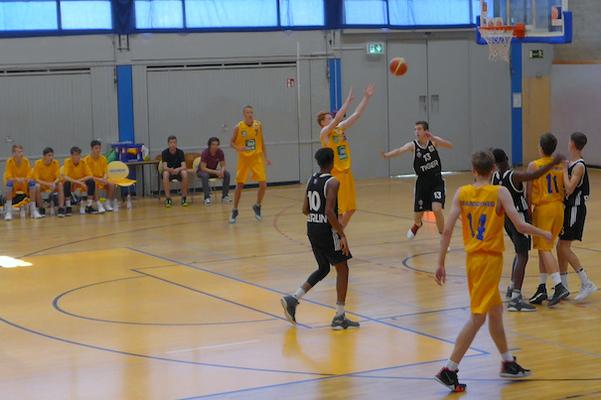 Junior Löwen: U19 verliert, U16 gewinnt deutlich