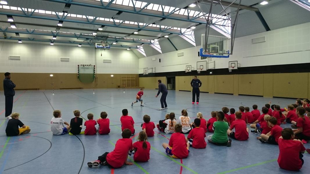 Herbstcamp der Dennis Schröder Basketball Academy. Jetzt anmelden!