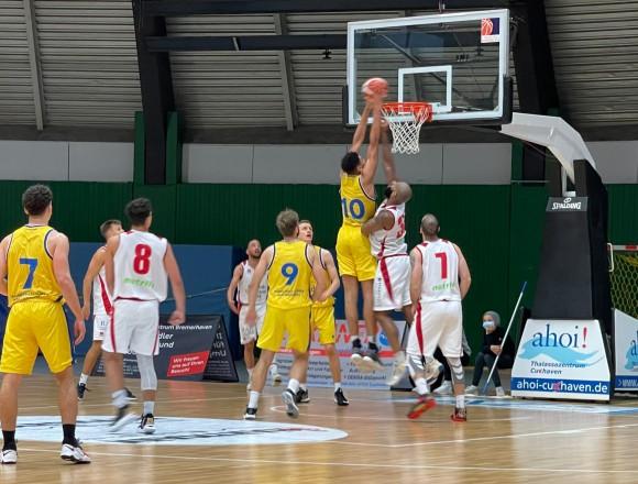 Mutiger Auftritt unserer 1. Herren bei den Cuxhaven Baskets …